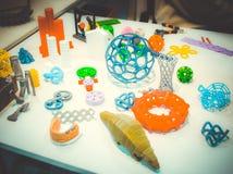 Abstrakta modeller som skrivs ut av närbild för skrivare 3d Royaltyfri Fotografi
