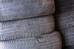 Abstrakta rubber bilhjul Arkivbilder