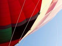 Abstrakte Ansicht heißen AIT-Ballons, der oben dem aufgeblähten Umschlag betrachtet stockfotografie