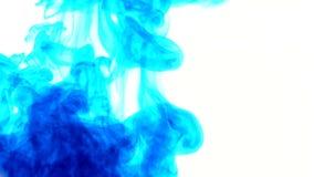 Abstrakte blaue Farbflüssigkeit in der Wasser-Bewegung stock video