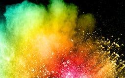 Abstrakte Farbpulverexplosion auf schwarzem Hintergrund Stockfoto