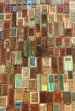 Abstrakte Fensterholzbeschaffenheit Stockfotos