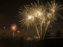 Abstrakte Feuerwerke in einem Blickfeld Stockbild