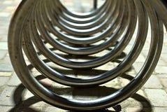 Abstrakte Form gemacht durch Fahrradparken Lizenzfreie Stockfotos