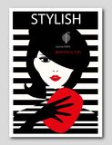 Abstrakte Frau mit Barett und roter Kupplung auf gestreiftem Hintergrund Modezeitschriftabdeckungsdesign Stockbilder