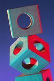 Abstrakte Geometrie mit hölzernen Würfeln Stockbild