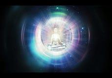 Abstrakte künstlerische Illustration der Wiedergabe 3d eines Schattenbildes des meditierenden Mannes gegen den kosmischen Hinterg vektor abbildung