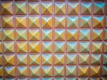 Abstrakte keramische Wandfliesen in Form des Pyramidenhintergrundes Lizenzfreies Stockbild