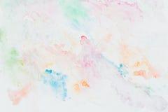 Abstrakte mehrfarbige gezeichnetes Bild des Aquarells Hand für das Spritzen empfindlich, eleganter Hintergrund, bunte Schatten au stock abbildung