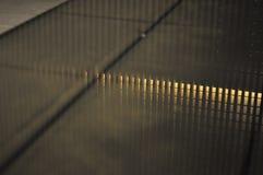 Abstrakte Reflexion auf Wasser Lizenzfreie Stockbilder