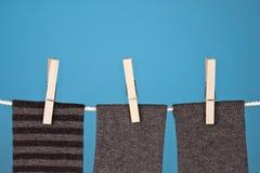 Abstrakte Wäscherei auf Blau Stockfoto