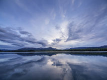 Abstrakte Wolkenreflexion Stockfoto