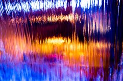 Abstrakte Zusammensetzung mit einem Wasserfall lizenzfreie stockfotos