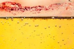 Abstrakte Zusammensetzung mit Mischung des Öls, des Wassers und der bunten Tinte Lizenzfreie Stockfotos