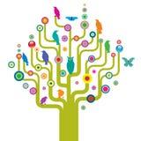 Abstrakter Baum mit wild lebenden Tieren Stockfotografie