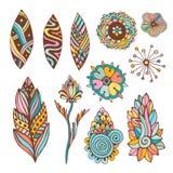 Abstrakter Blumensatz mit Hand gezeichnetem Vektorgekritzel blüht und Blätter Stockbilder