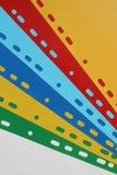Abstrakter geometrischer Hintergrund von farbigen Blatttrennzeichen, Blätter Papier, Pappe stockfotografie