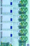 Abstrakter Hintergrund des Geldes von den Banknoten von 100 Euros Lizenzfreie Stockbilder