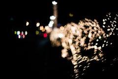 Abstrakter Hintergrund mit bokeh Lichtern und Sternen Stockfotografie