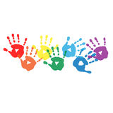 Abstrakter Hintergrund mit Regenbogen farbigen handprints Stockfotos