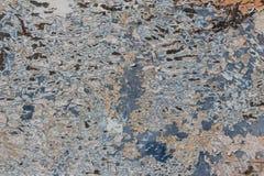 Abstrakter Hintergrund von mehrfachen Farbschichten mit Kratzern und Schale Stockfoto