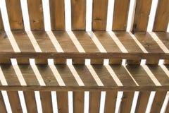 Abstrakter Hintergrund von Mustern des vertikalen und horizontalen woode Lizenzfreie Stockfotos