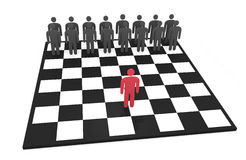 Abstrakter Manncharakter steht auf einem Schachbrett vor gegenüberliegendem Team Lizenzfreie Stockbilder