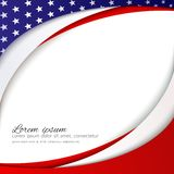Abstrakter patriotischer Hintergrund mit Sternen und flüssigen gewellten Linien von Farben der Staatsflagge der USA für die Feier