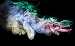 Abstrakter Rauch auf schwarzem Hintergrund Lizenzfreies Stockbild
