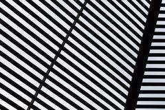 Abstrakter schwarzer u. weißer Hintergrund Lizenzfreies Stockfoto