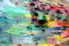 Abstrakter spielerischer Hintergrund, Wachs, Aquarell und Farbe Stockfotografie