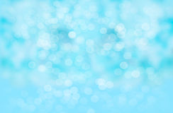 Abstrakter Unschärfehintergrund: Schönes blaues Bokeh Lizenzfreies Stockfoto