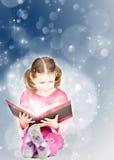 Abstrakter Weihnachtshintergrund der Lichterkette Stockfoto