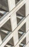 Abstrakter Winkel eines Parkhauses Lizenzfreies Stockfoto