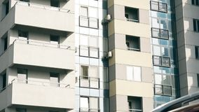 Abstrakter Wohngebäudeeinspieler stock footage