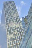 Abstrakter Wolkenkratzer der Architektur Stockbild