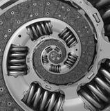 Abstrakter zusammengesetzter LKW-Autokupplungsscheibespirale Fractal-Musterhintergrund Autokupplung Teil verdrehter Spirale verze Stockfoto