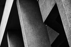 Abstraktes Architekturfragment in Schwarzweiss Stockfotos