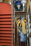 Abstraktes Bild des Treppenhausschachts Lizenzfreie Stockfotos