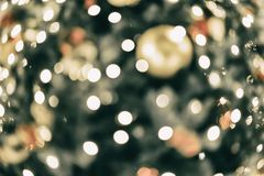 Abstraktes buntes bokeh Design, Feiertagshintergrund, mehrfarbiger Regenbogeneffekt Festliche Gelegenheiten Konzept, Feiertag Stockfoto