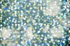 Abstraktes buntes Bokeh kreist Weihnachtshintergrund ein Stockfoto