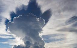Abstraktes cloudscape im Himmel von Rurrenabaque, Bolivien Stockfoto