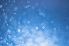 Abstraktes defocused Lichter bokeh als Spraywasserhintergrund, unterscheiden sich Lizenzfreie Stockbilder