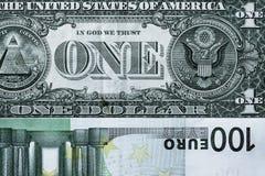 Abstraktes Fragment die Banknote von 1 Dollar und von 100 Euros Stockbilder