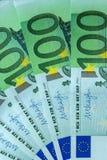 Abstraktes Fragment die Banknote von 100 Euros Stockbild