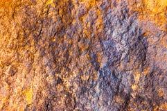 Abstraktes gelbes andbackground reiches Weinleseschmutzhintergrund-Beschaffenheitsluxusdesign mit eleganter antiker Farbe auf Wan Lizenzfreie Stockfotos