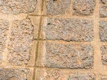 Abstraktes Gitter deckt Felsenmusterboden mit Ziegeln Lizenzfreie Stockfotos