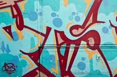 Abstraktes Graffitidetail auf der Seite eines LKWs Stockfoto
