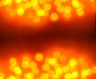 Abstraktes Hintergrundmuster der weißen Sterne auf dunkelroter Auslegung Festlicher Goldzusammenfassungshintergrund mit boke Lizenzfreie Stockbilder