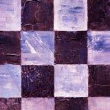 Abstraktes kariertes Muster gemalt mit Acryl oder Ölfarben auf Segeltuch im Braun, in den dunklen purpurroten und blauen Farben Stockfotos